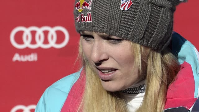 vídeos y material grabado en eventos de stock de american ski champion lindsey vonn is to miss next month's sochi winter olympics due to a right knee injury she sustained nearly a year ago clean... - winter sports event
