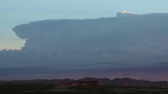 america's heartland - バッドランズ国立公園点の映像素材/bロール