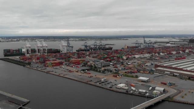 america's ports are fearful that they will be big losers in the escalating trade fight between washington and beijing - port of baltimore stock videos & royalty-free footage