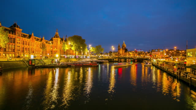 amsteram canal city landmark and historic - amsterdam stock videos & royalty-free footage