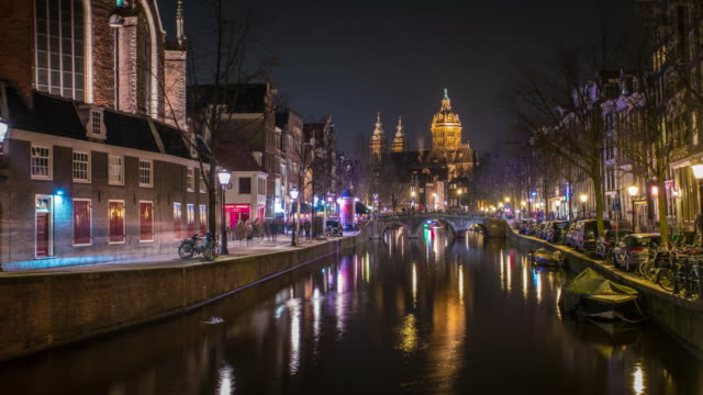 amsterdam canal time lapse at night - nightlife stock videos & royalty-free footage