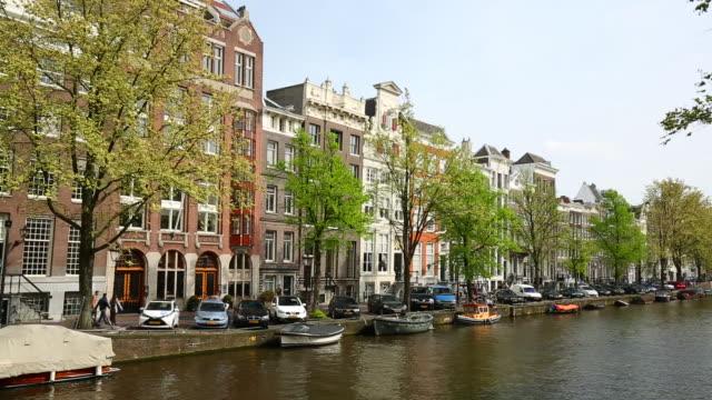 運河のあるアムステルダム。パン - 環状運河地区点の映像素材/bロール