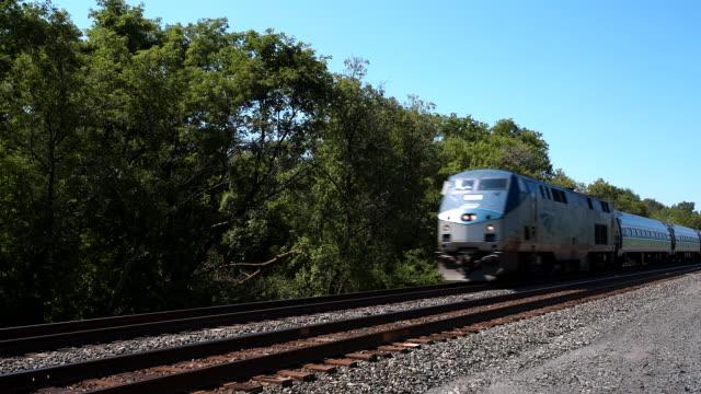vídeos y material grabado en eventos de stock de amtrak passenger train - locomotive