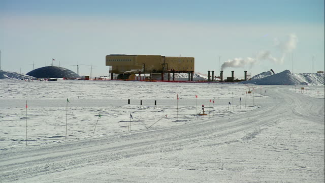 zi amundsen-scott south pole station / antarctica - south pole stock videos & royalty-free footage