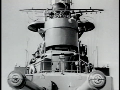 amur river w/ three gunboats patrolling ws gunboat bridge antiaircraft gunners looking through binoculars ws gunboats the great patriotic war wwii - anno 1942 video stock e b–roll