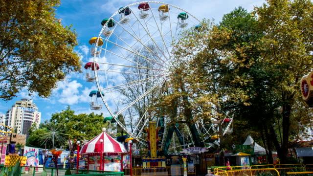 vídeos y material grabado en eventos de stock de tl amusement park riviera in sochi / russia, sochi - sochi