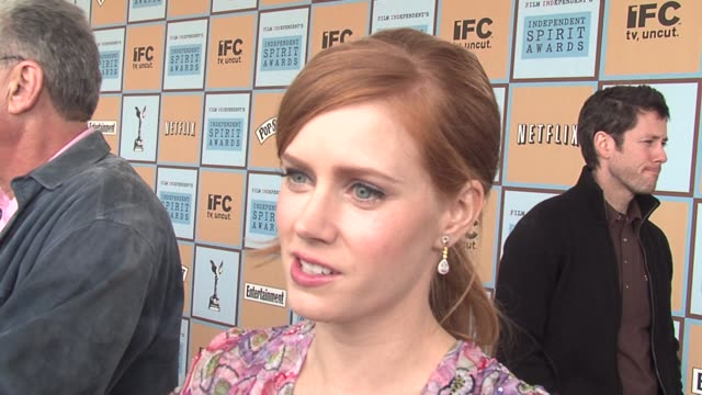 Amy Adams on her performance in Junebug on it being an ensemble cast despite all the attention around her performance and on preferring independent...