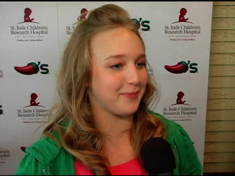 amy bruckner on chili's donation to st jude and on the ebay auction of the chili illustrations at the chili's create a pepper to benefit st jude... - chili's grill & bar stock videos and b-roll footage