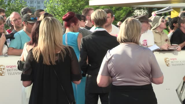 amy childs & harry derbidge arqiva british academy television awards at the national theatre on may 27, 2012 in london, england - 英国アカデミー賞テレビ部門点の映像素材/bロール