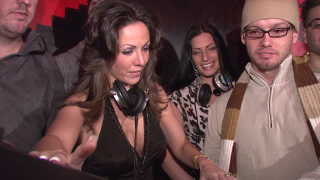 amy fisher and guests at the amy fisher and lou bellara host press conference for 'amy fisher caught on tape' at retox in new york new york on... - amy fisher caught on tape stock videos and b-roll footage
