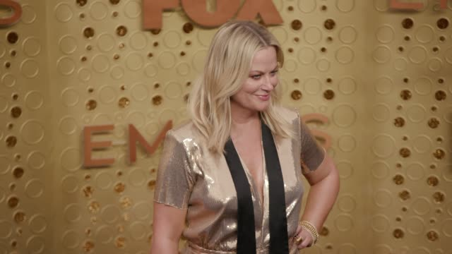 amy poehler at the 71st emmy awards - arrivals at microsoft theater on september 22, 2019 in los angeles, california. - emmy awards stock videos & royalty-free footage