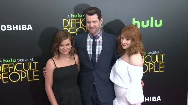"""amy poehler, billy eichner, and julie klausner at """"difficult people"""" new york premiere at school of visual arts on july 30, 2015 in new york city. - エイミー・ポーラー点の映像素材/bロール"""