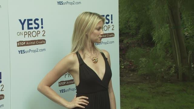 Amy Smart at the Ellen DeGeneres and Portia De Rossi host Yes On Prop 2 party at Los Angeles CA