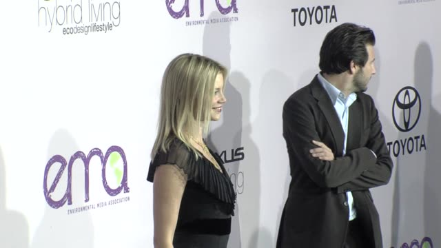 amy smart at the the 18th annual environmental media awards benefiting the environment at los angeles ca. - environmental media awards stock videos & royalty-free footage
