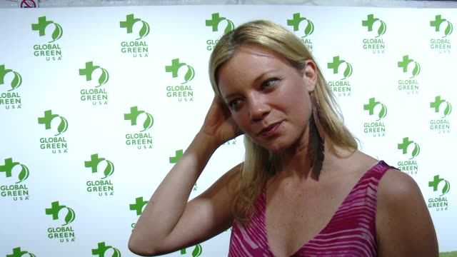 vídeos de stock, filmes e b-roll de interview amy smart on being at the event on making the planet greener and on the academy awards at the global green usa 12th annual preoscar® party... - oscar party