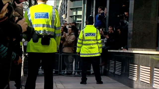 amy winehouse court appearance; england: london: westminster magistrates' court: ext press photographers awaiting amy winehouse arrival/ 'city of... - amy winehouse stock-videos und b-roll-filmmaterial