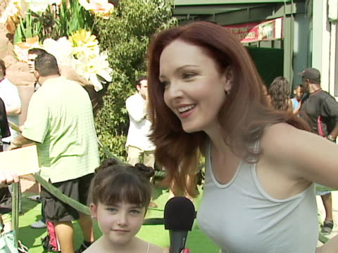 amy yasbeck on being bullied by a girl for 8 years when she was young and what she told her daughter about it at the warner bros pictures premiere of... - amy yasbeck stock videos & royalty-free footage