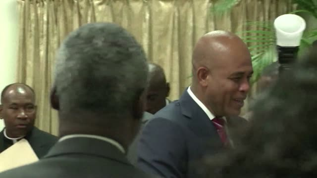 stockvideo's en b-roll-footage met an advisory commission installed last week by haitis president michel martelly recommends that prime minister laurent lamothe resign in the face of... - hispaniola
