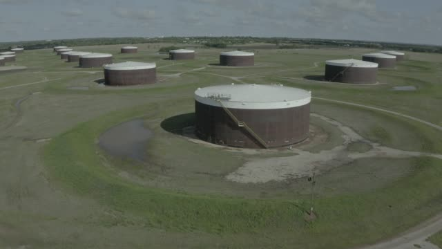an aerial drone view of a crude oil storage facility on april 23 2020 in cushing oklahoma crude oil prices plummeted into negative territory this... - cushing oklahoma stock videos & royalty-free footage