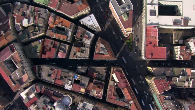 an aerial view displays endless miles of high-rises in naples, italy. - ナポリ点の映像素材/bロール
