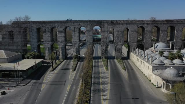 an aerial view from a drone shows empty during a two-day lockdown imposed to prevent the spread of coronavirus on april 11, 2020 in istanbul, turkey.... - istanbul stock videos & royalty-free footage