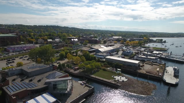 an aerial view of burlington, vermont, united states - vermont stock-videos und b-roll-filmmaterial