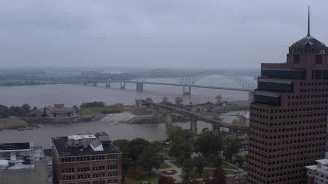 an aerial view of downtown memphis. tennessee. usa. - memphis tennessee stock-videos und b-roll-filmmaterial