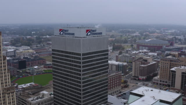 an aerial view of downtown memphis. tennessee. usa. - johnny cash stock videos & royalty-free footage