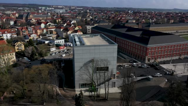 an aerial view of the new bauhausmuseum weimar on april 04 2019 in weimar germany the museum is devoted to the bauhaus and shows examples of bauhaus... - weimar video stock e b–roll