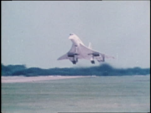 an air france concorde jet lands - british aerospace concorde stock videos & royalty-free footage