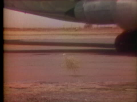 an american airlines jumbo jet lands at the roswell, new mexico, airport - roswell stock videos & royalty-free footage