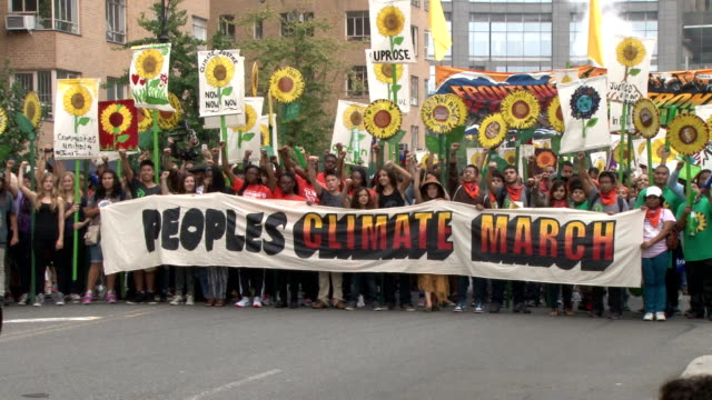 an estimated 310000 people turned out for the people's climate march in new york city on september 21st just days before many of the world's leaders... - fossil fuel stock videos & royalty-free footage