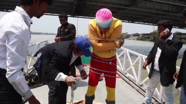 IND: Indian stuntman missing after Ganges escape goes wrong
