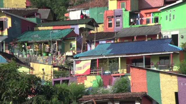 An Indonesian hamlet dubbed the rainbow village after being given a makeover in a kaleidoscope of colours is attracting hordes of visitors and has...