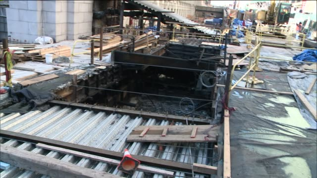 an investigation revealed that the fire that broke out below penn station early tuesday occurred accidentally fdny said the blaze was electrical and... - new york city penn station stock videos and b-roll footage