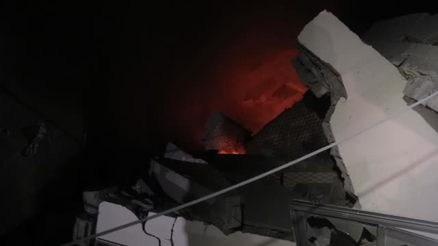 an israeli air strike hit a building in gaza palestine on may 4 2019 - luftangriff stock-videos und b-roll-filmmaterial