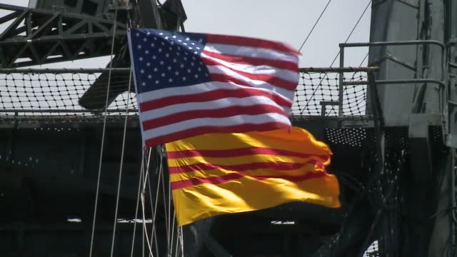 vídeos de stock e filmes b-roll de kswb an observance of the 40th anniversary of the fall of saigon which ended the vietnam war on april 27 205 aboard the uss midway aircraft carrier... - uss midway