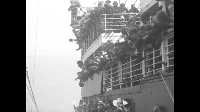 vídeos y material grabado en eventos de stock de an ocean liner comes into port and the crown prince gustaf adolf and princess louise look out window of the ship's wheelhouse; they descend stairs to... - sombrero de copa