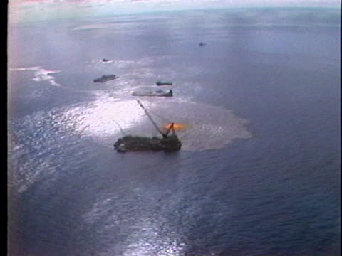 an oil slick pollutes the gulf of mexico. - gulf of mexico stock videos & royalty-free footage