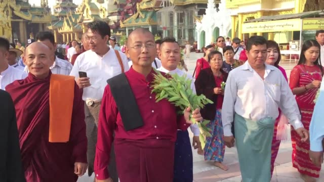 an ultra nationalist myanmar monk is released from prison after serving time for inciting unrest in an anti rohingya protest in 2016 a rare... - myanmar video stock e b–roll