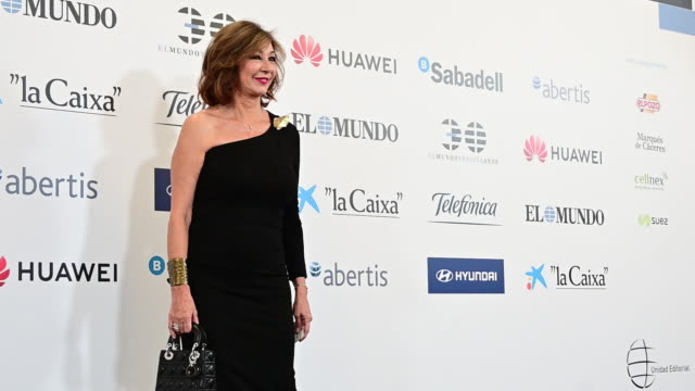 ana rosa quintana attends 'el mundo' newspaper 30th anniversary at the palace hotel on october 01 2019 in madrid spain - teilnehmen stock-videos und b-roll-filmmaterial