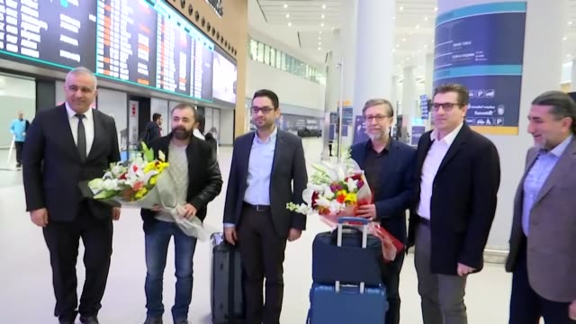 anadolu agency's hilmi balci arrives at istanbul airport on january 17 2020 following release from detention by egyptian police in cairo one of... - prisoner released stock videos & royalty-free footage
