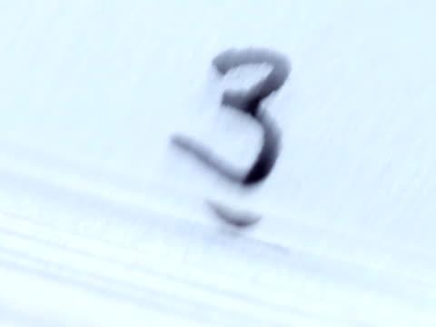 analog countdown - nummer 6 bildbanksvideor och videomaterial från bakom kulisserna