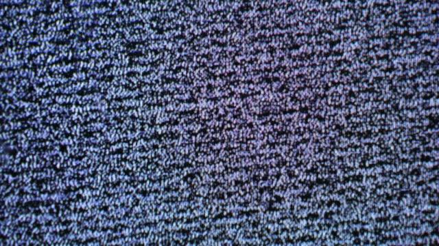 stockvideo's en b-roll-footage met analoge tv vhs lawaai - plasmabol