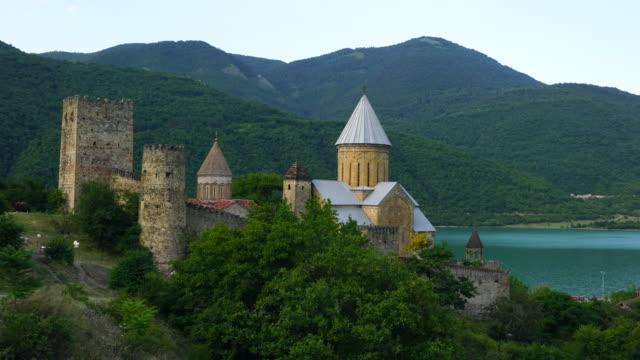 vídeos y material grabado en eventos de stock de ananuri castle complex - georgia