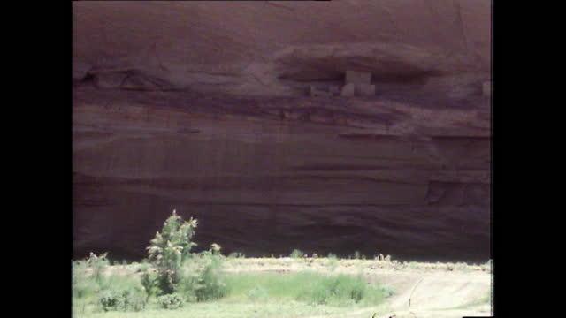 ancient anasazi ruins in canyon de chelly, arizona; 1979 - anasazi culture stock videos & royalty-free footage