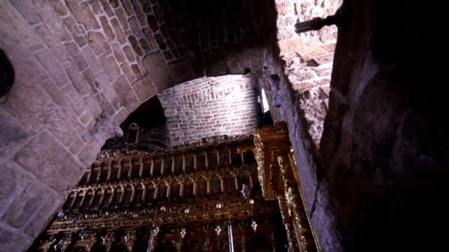 antiken christlichen kirche - kreuzbein stock-videos und b-roll-filmmaterial