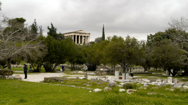 ancient city ruins and temple in greece - the erechtheion stock videos & royalty-free footage