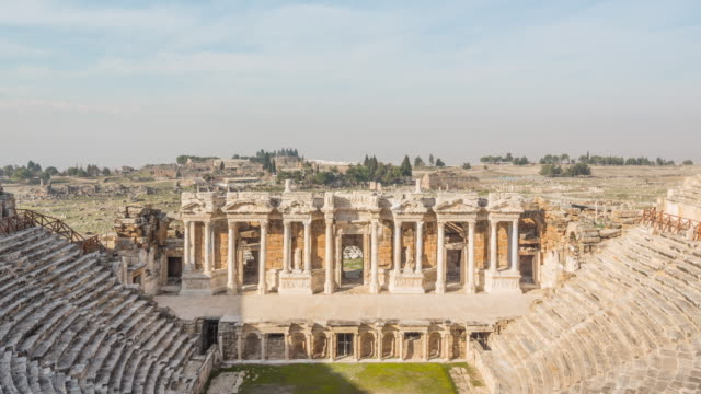 vídeos y material grabado en eventos de stock de antigua hierápolis, pamukkale, denizli, turquía - anfiteatro