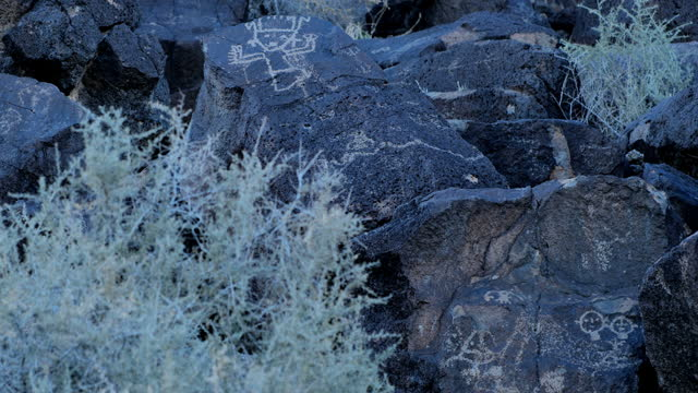 ancient native american petroglyphs: three rivers petroglyph site: new mexico: usa - indigenous culture stock videos & royalty-free footage